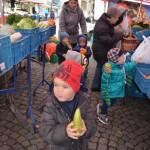 Kinder mit U3-Platz in Gerresheim auf dem Markt